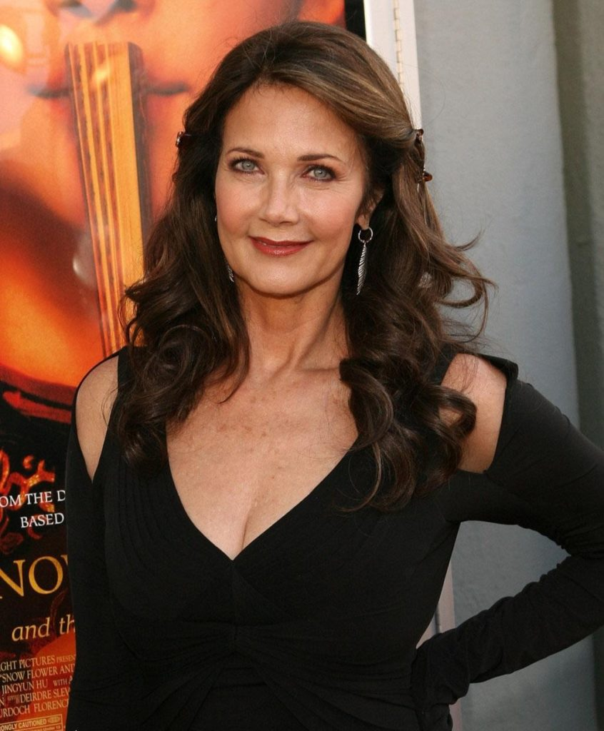 Lynda Carter Topless Images