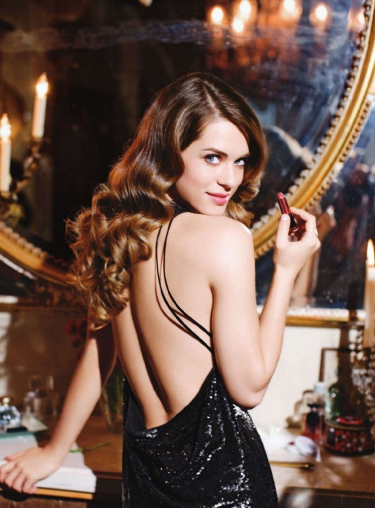 Lyndsy Fonseca Backless Images