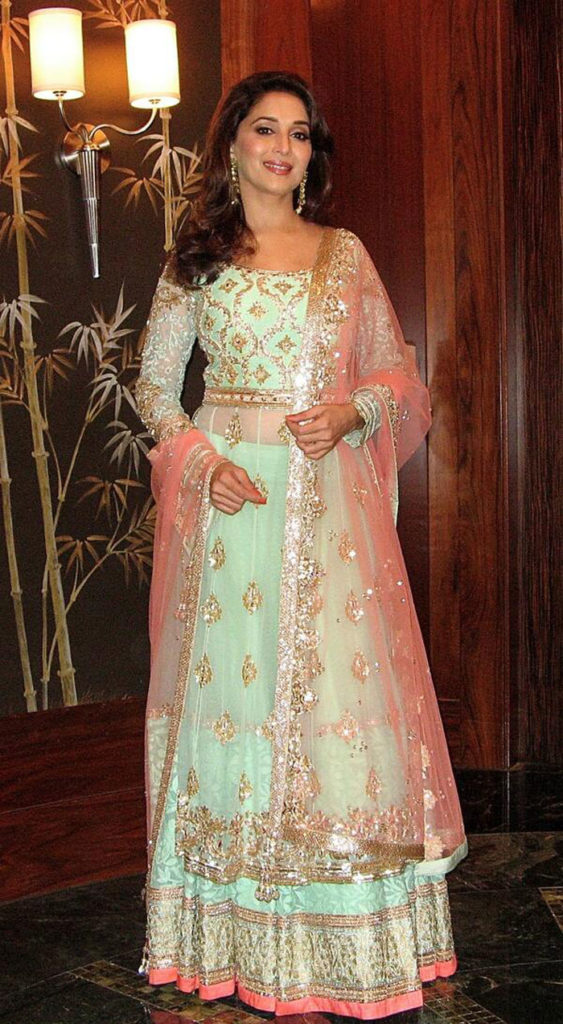 Madhuri Dixit Hair Style Images