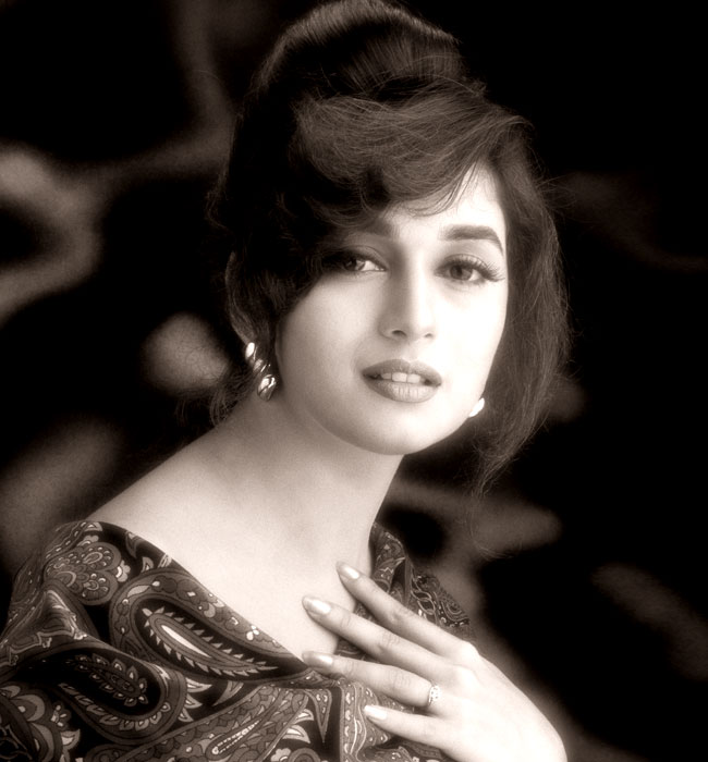 Madhuri Dixit Young Pictures