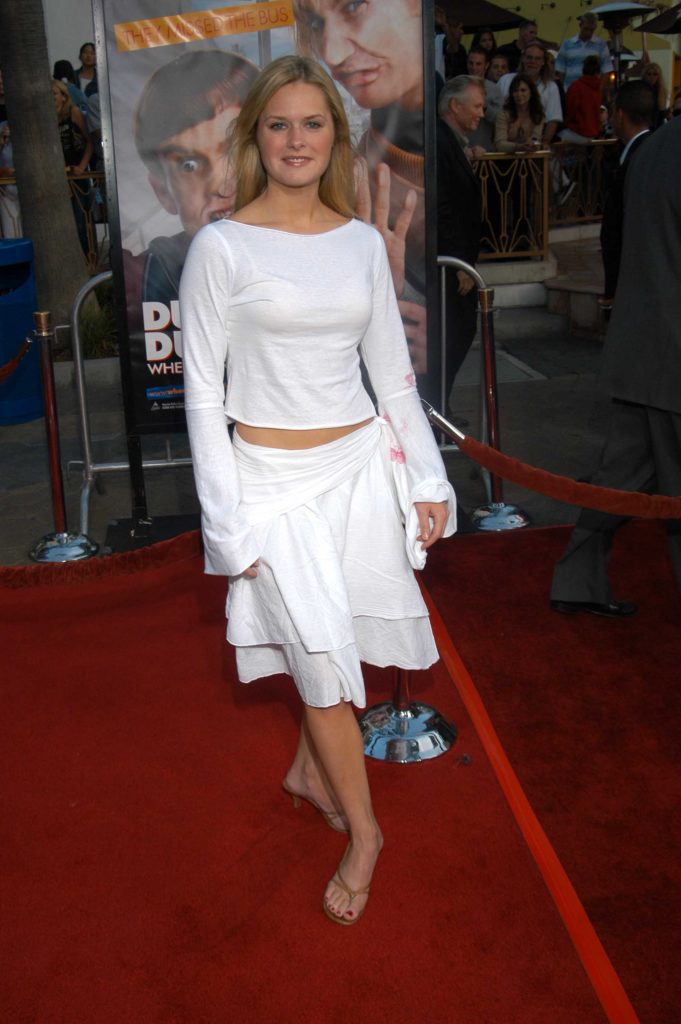 Maggie Lawson Feet Images