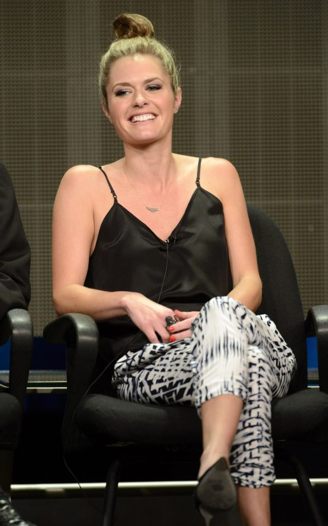 Maggie Lawson Muscles Pictures