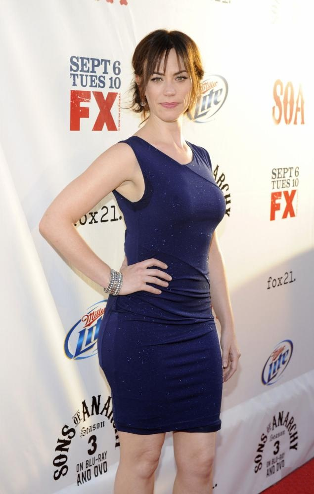 Maggie Siff Thighs mages
