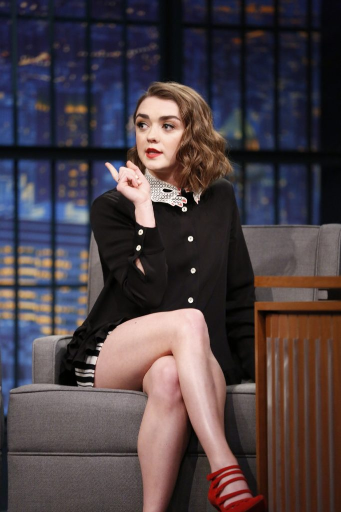 Maisie Williams Sexy Butt Images