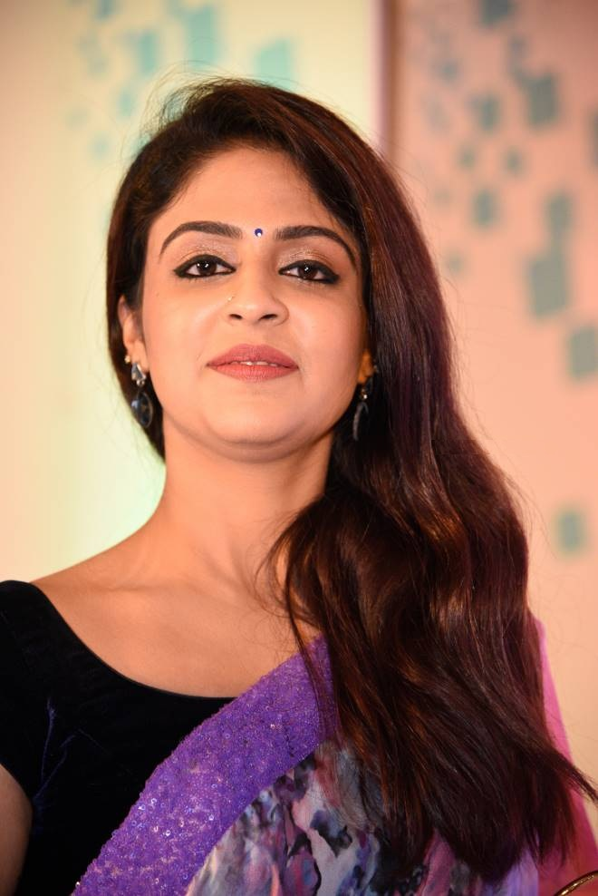 Malavika Wales Bold Pictures