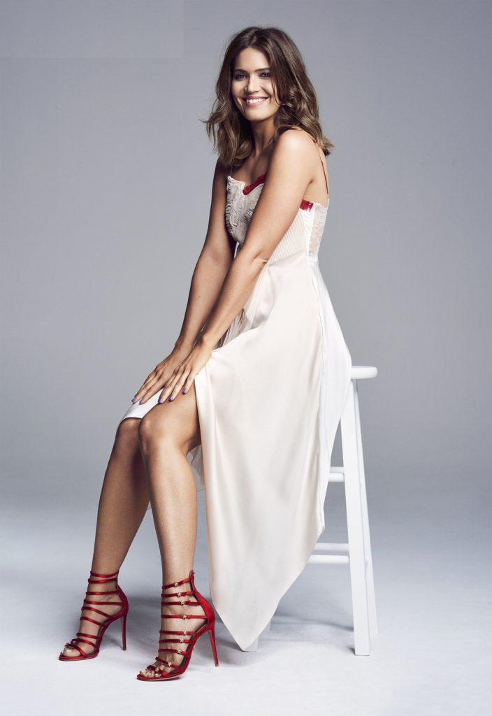 Mandy Moore Feet Images