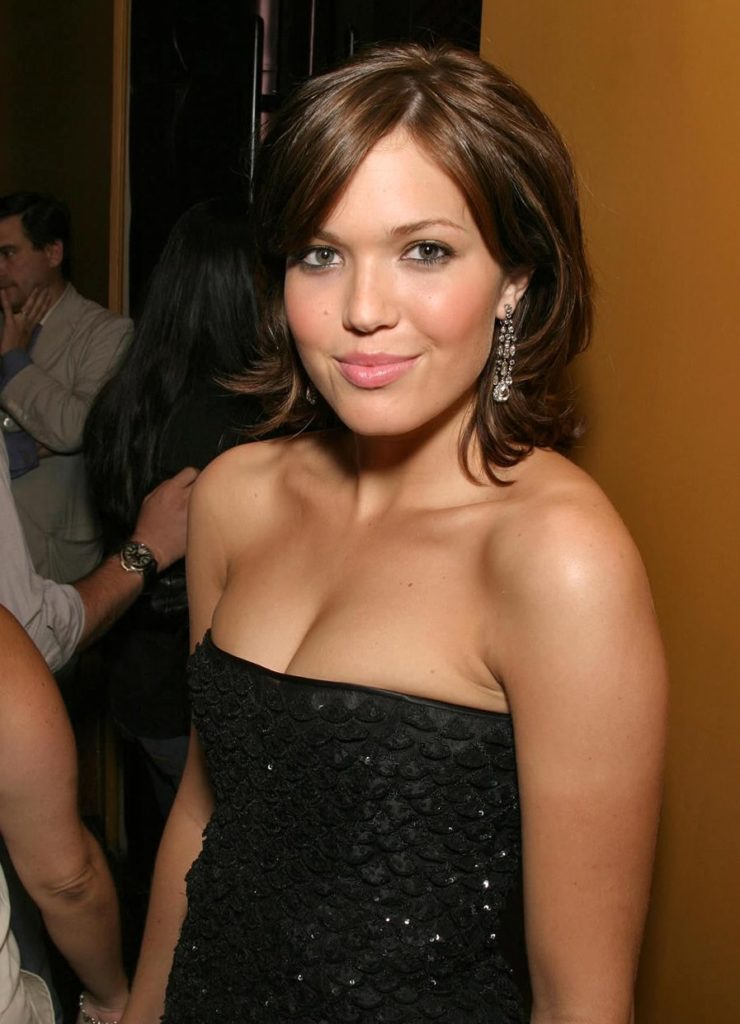 Mandy Moore Topless Pictures