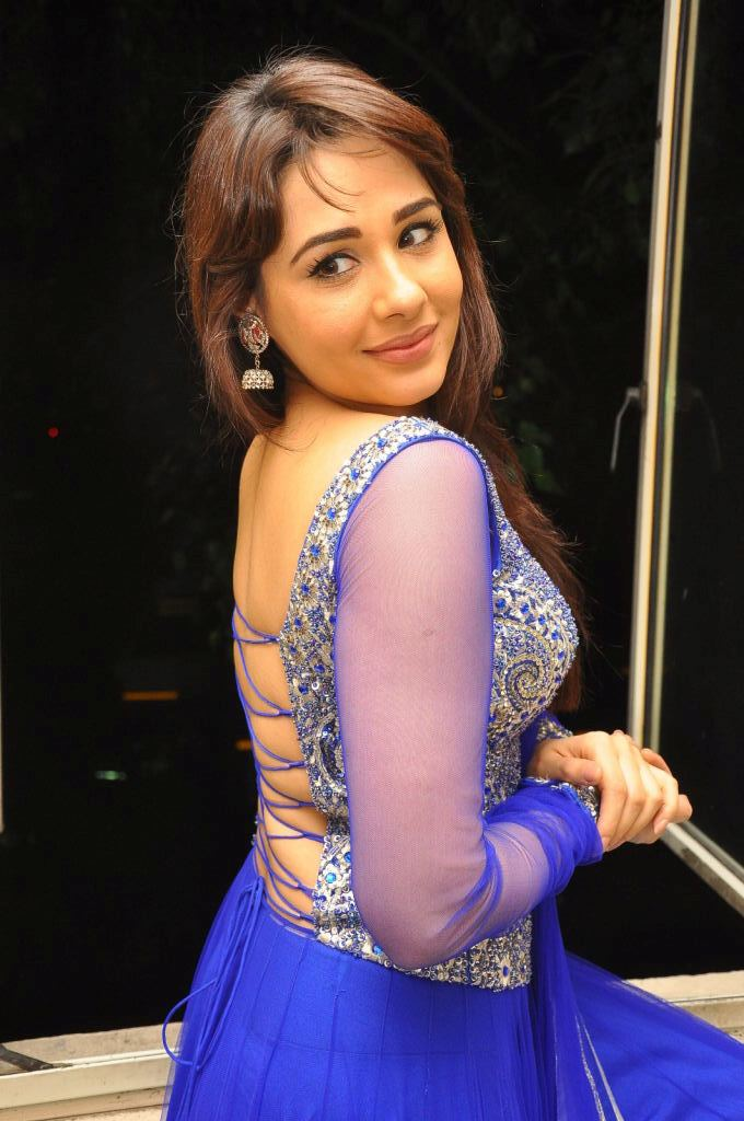 Mandy Takhar Backless Photos