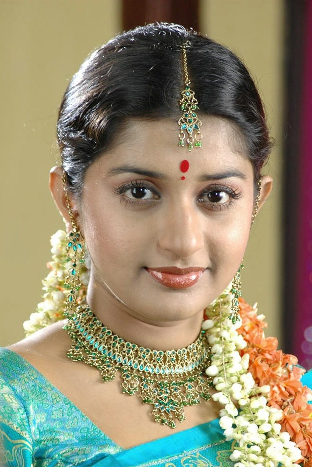 Meera Jasmine Bride Look Images