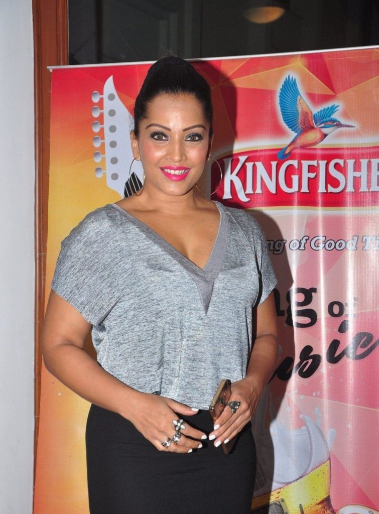 Meghna Naidu Bold Pictures