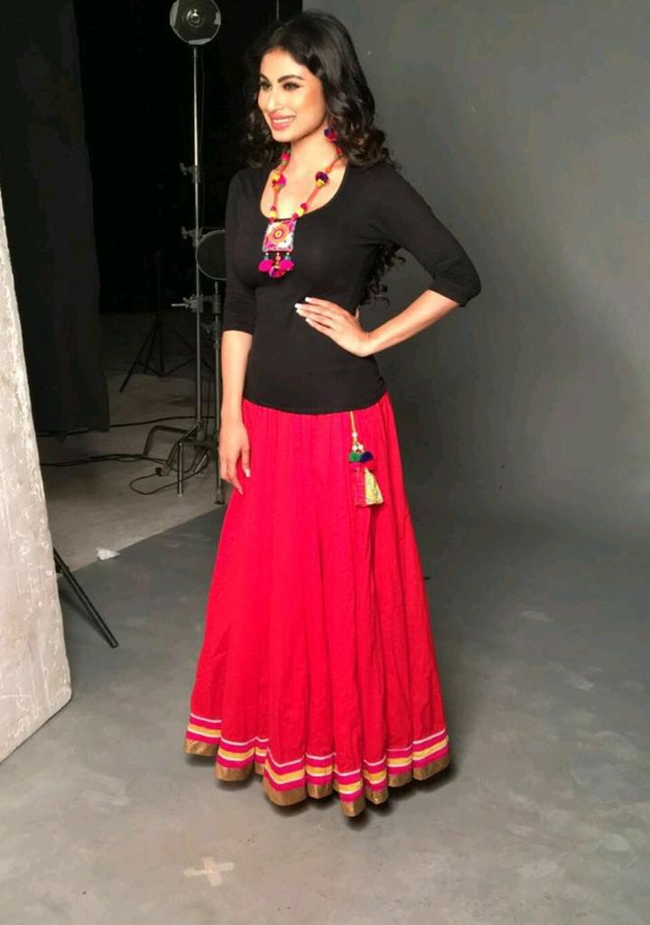 Mouni Roy Gown Images