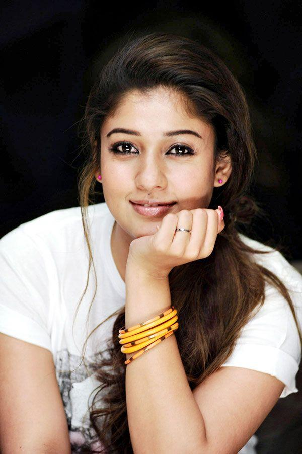 Nayanthara Sexy Pictures