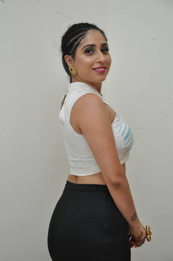 Neha Bhasin Butt Images