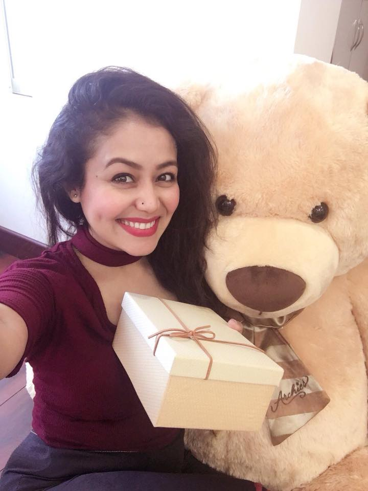 Neha Kakkar Smile Wallpapers