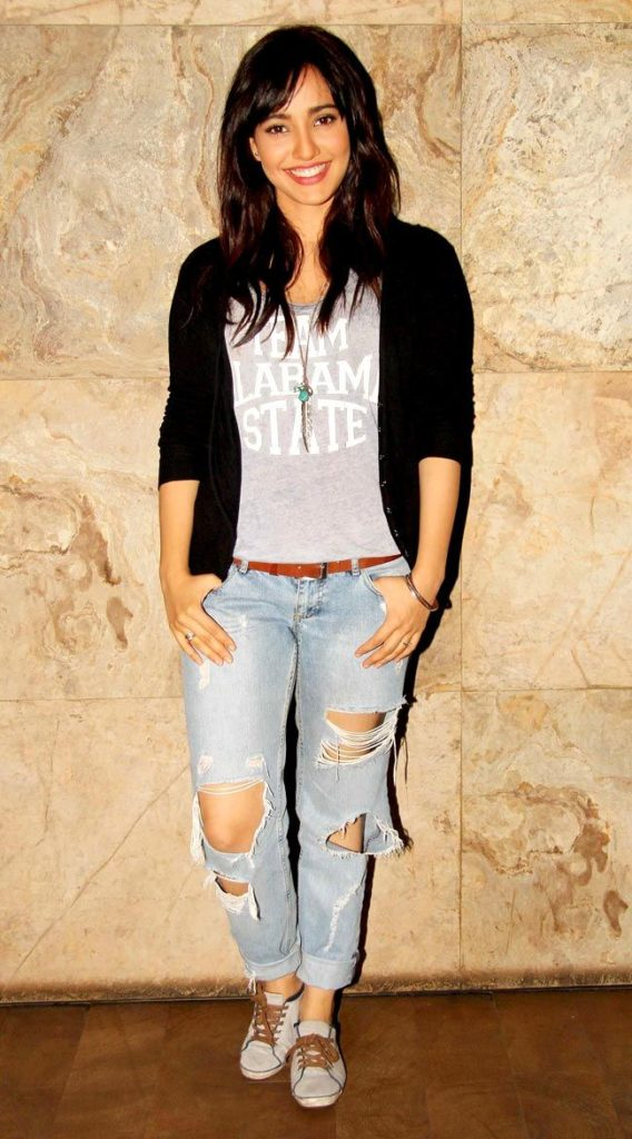 Neha Sharma Body Images