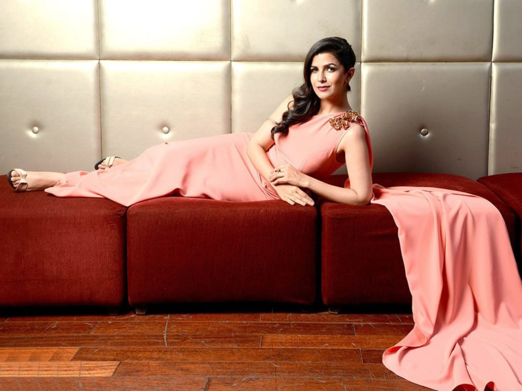 Nimrat Kaur Wallpapers